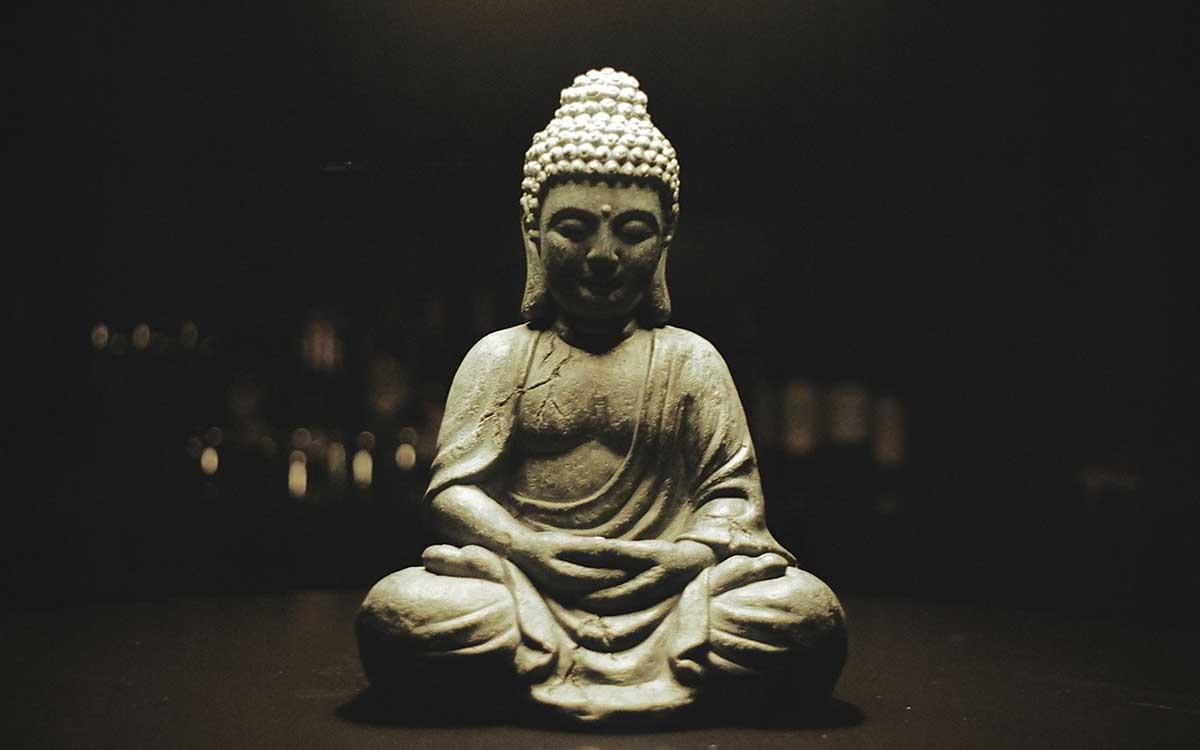 Buddha's Last Words Versus Jesus's