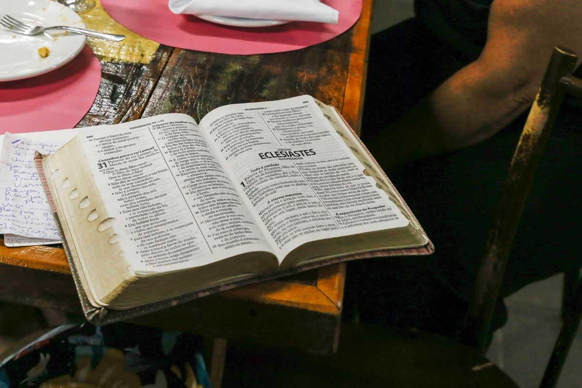 Daily morning Bible study - 4 verses